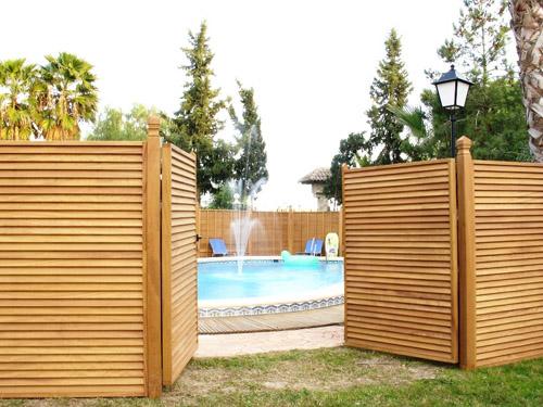 Celosia de madera celosias jardin celosias para terrazas for Celosia de madera para jardin