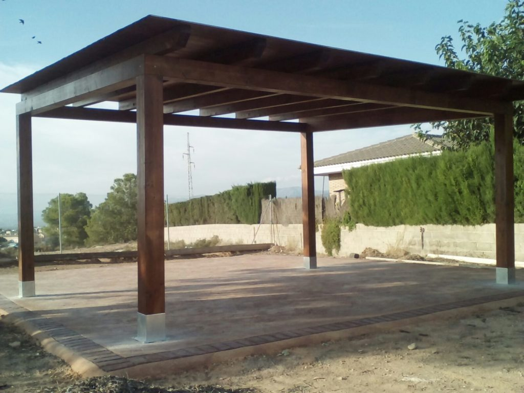 Pergolas jardin perfect salon de jardin dut en bois for Carpas jardin carrefour