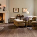 salón de estar clásico con parquet laminadoa