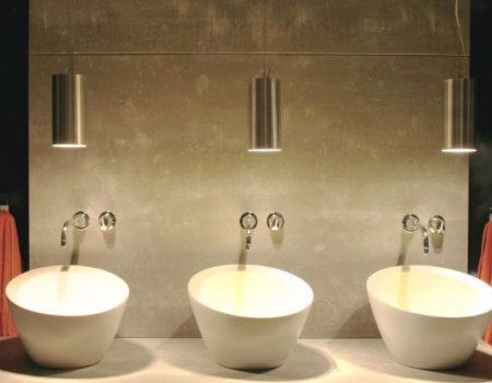 madera de Viroc en un baño moderno