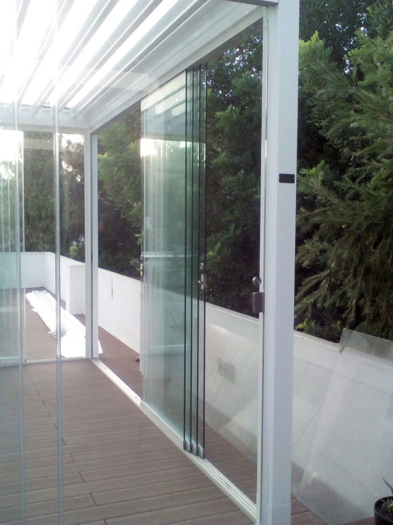 Cerramientos y cortinas de cristal puertas correderas de - Cortinas de cristal opiniones ...