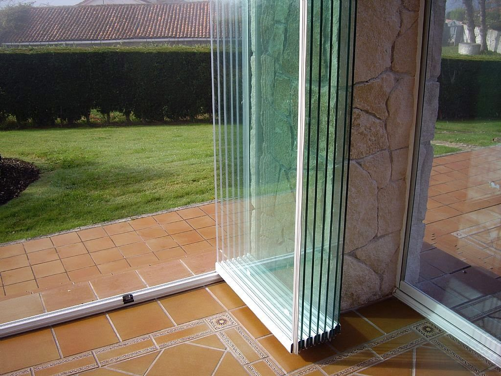 Cerramientos y cortinas de cristal puertas correderas de - Cortinas para puertas correderas ...