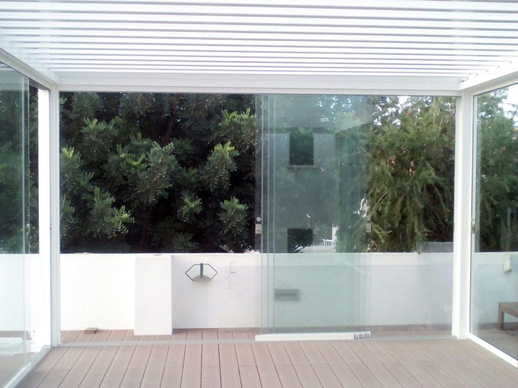 Cerramientos y cortinas de cristal puertas correderas de - Cortinas para puertas de cristal ...